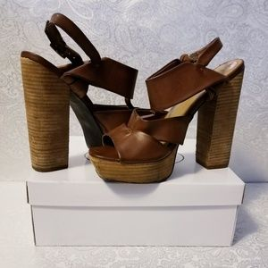 Mia - Platform Sandal